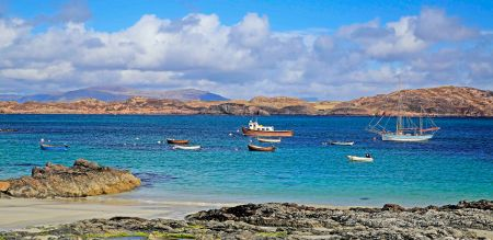 The beautiful bay of Iona Island.