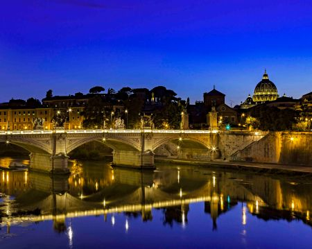 _E7A7622 Looking at St Peters Dome across river at Blue Hour web ready