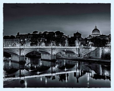 _E7A7622 Looking at St Peters Dome across river B&W web ready