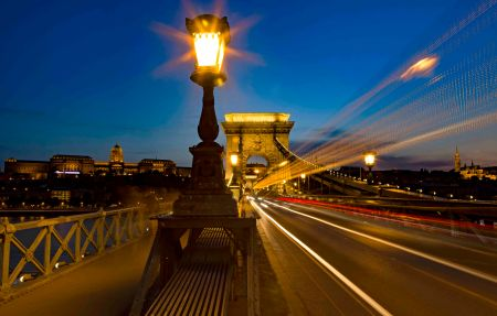 _E7A2051 Budapest Blue Hour - Castle and Chain Bridge web ready