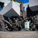 _E7A2611 Warsaw Uprising Memorial web ready